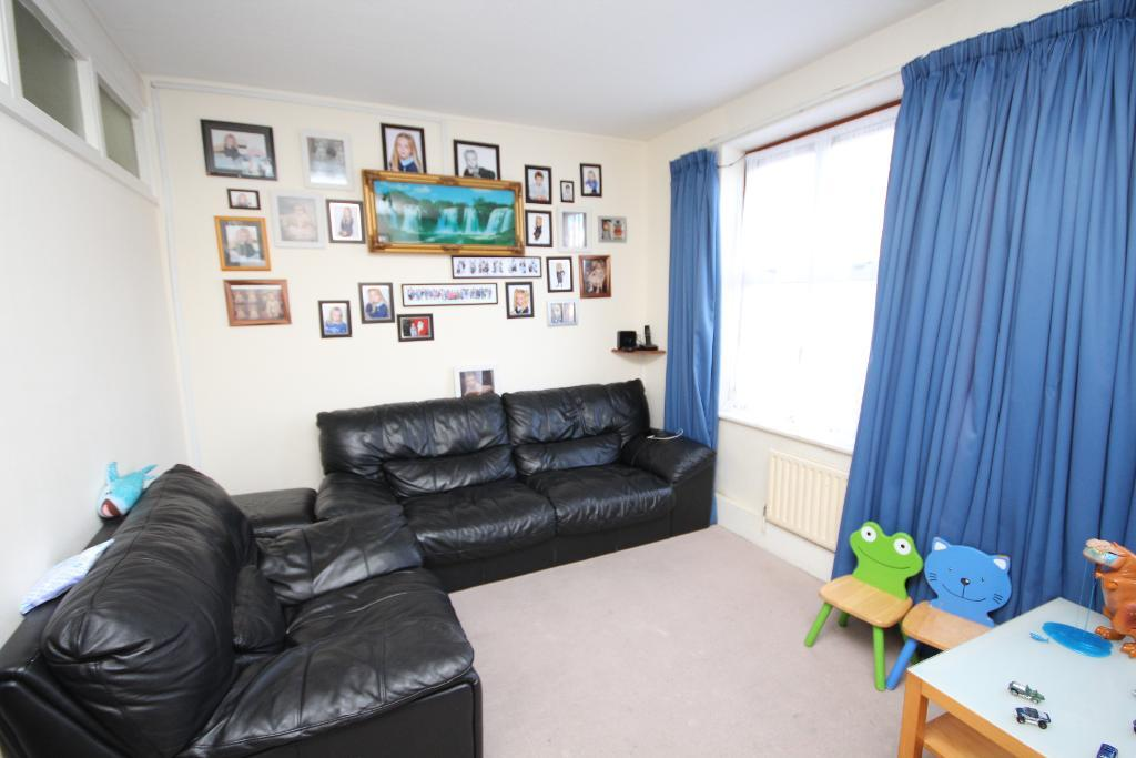 Deansbrook Road, Edgware, Middlesex, HA8 9DL