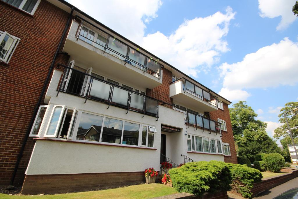 Calthorpe Gardens, Edgware, Middlesex, HA8 7TH