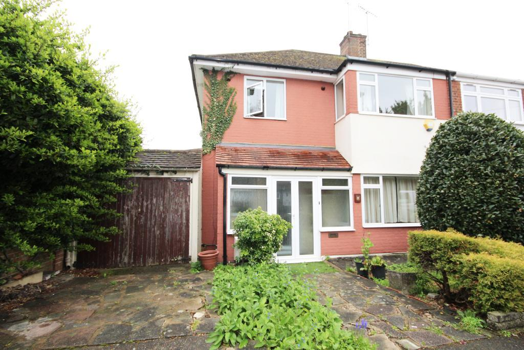 Whitchurch Close, Edgware, Middlesex, HA8 6PE