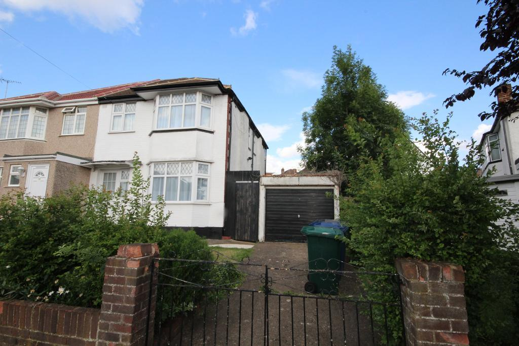 Marlborough Avenue, Edgware, Middlesex, HA8 8UT
