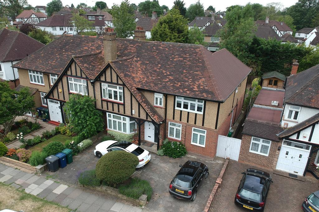 Green Lane, Edgware, Middlesex, HA8 7PZ